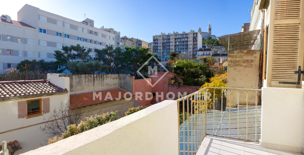 Appartement 2 pi ce s 53 m marseille 13006 for Appartement 13006 terrasse